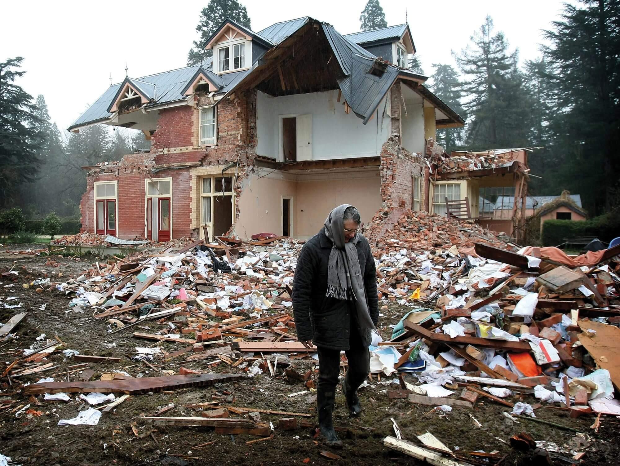 Earthquake Broken House